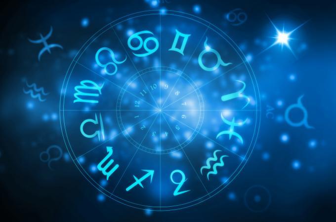 Napi horoszkóp február 18. hétfő – Mától új irányt vesz az életed!