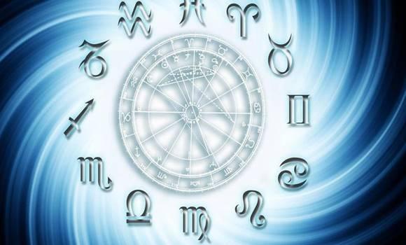 Napi horoszkóp április 13. szombat – A következő 24 óra sorsdöntő lesz számodra!