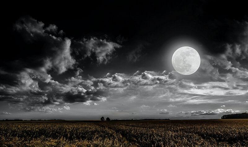 A Fekete Hold május 22-én megváltoztatja a sorsunkat: itt meghúzzuk a vonalat, és mindent újrakezdünk